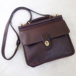 Coach • Vintage Brown Willis Crossbody Bag